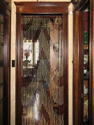 Бамбуковые занавески на дверной проем отличная замена дверей